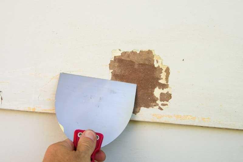 Raspado de grietas en paredes